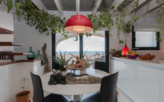 Preciosa villa moderna en Palma vista mar 1ª línea