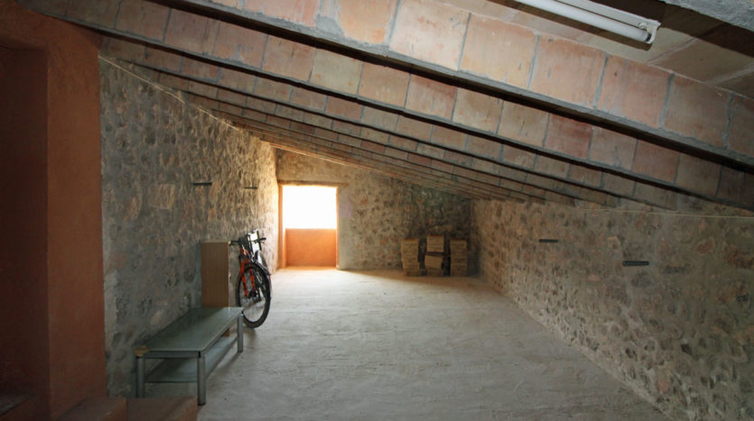 rustic finca to reform in San Juan Majorca