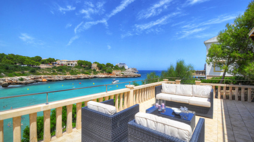 Villa by the beach in Portololom Majorca