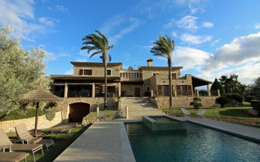Finca con alquiler vacacional en Ariany Mallorca
