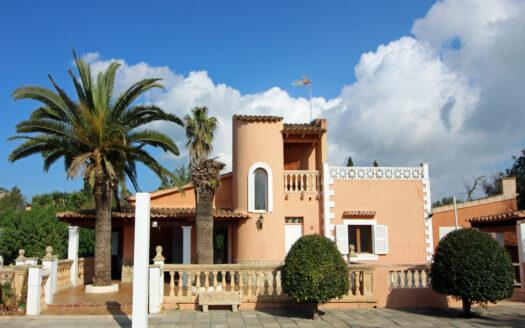 Finca Llucmajor Mallorca con piscina y casa de visitas
