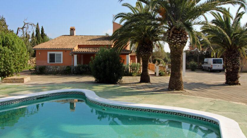 Finca in Llucmajor Mallorca mit Pool und Gästehaus