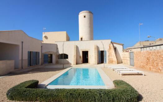Alquiler molino reformado con piscina en Campos Mallorca