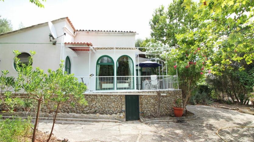 Casa en Galilea Mallorca con piscina y vista