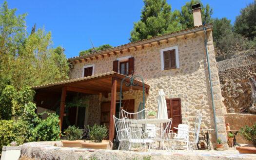 Finca Bunyola Tramontana Mallorca sale