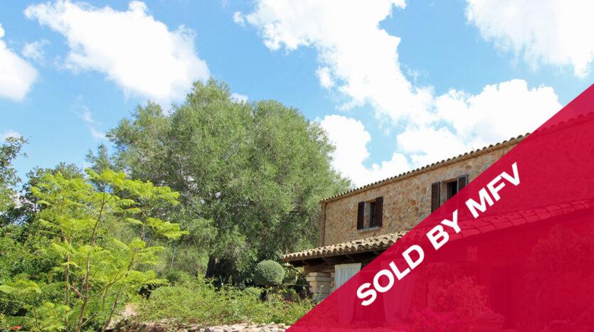 Finca mit Steinfassade und Pool in Algaida Mallorca